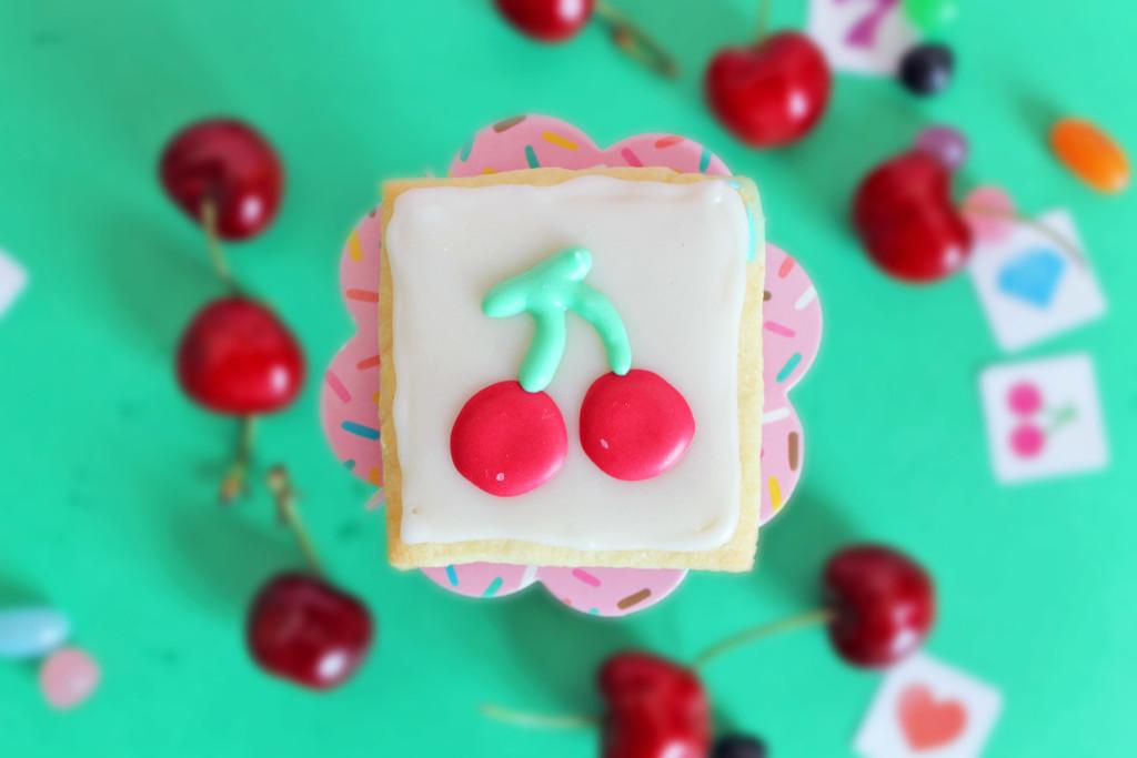 ciliegie-slot-machine-supercolors-14-biscotti-pasta-frolla-integrale-decorati