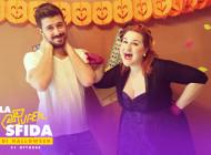Sfida di Halloween – Decorare cupcake da bendati!