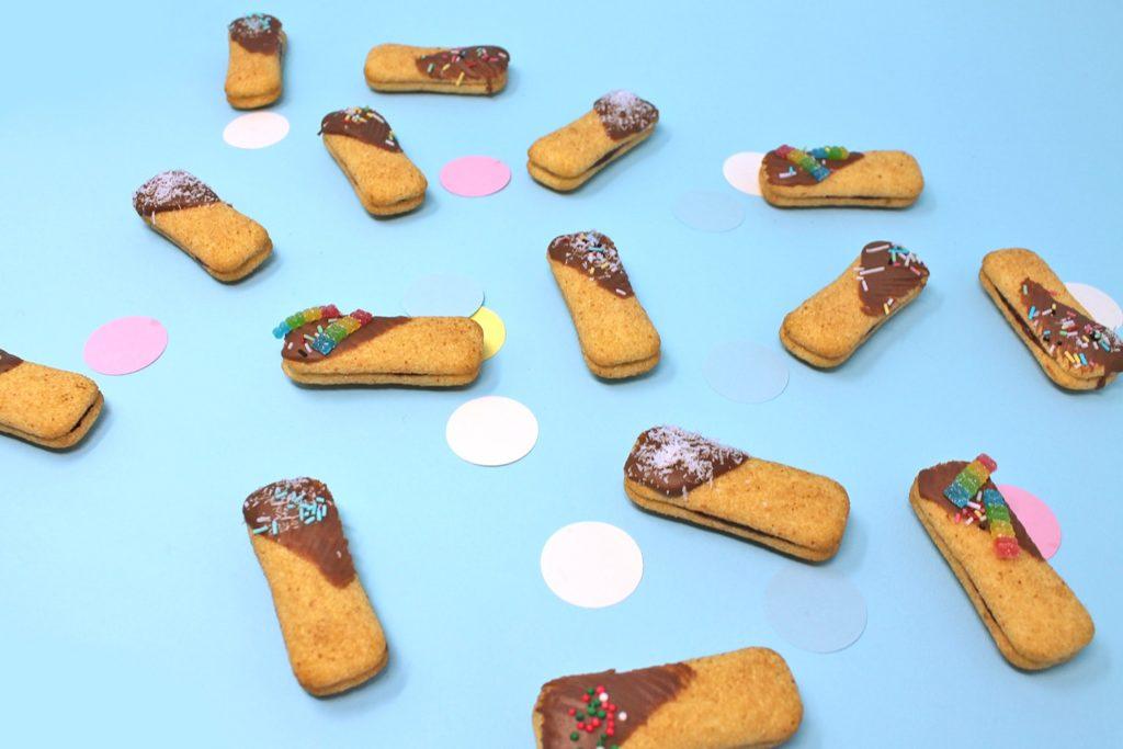sandwich-pavesini-con-mascarpone-cioccolato-sandwich-super-colors-5-min