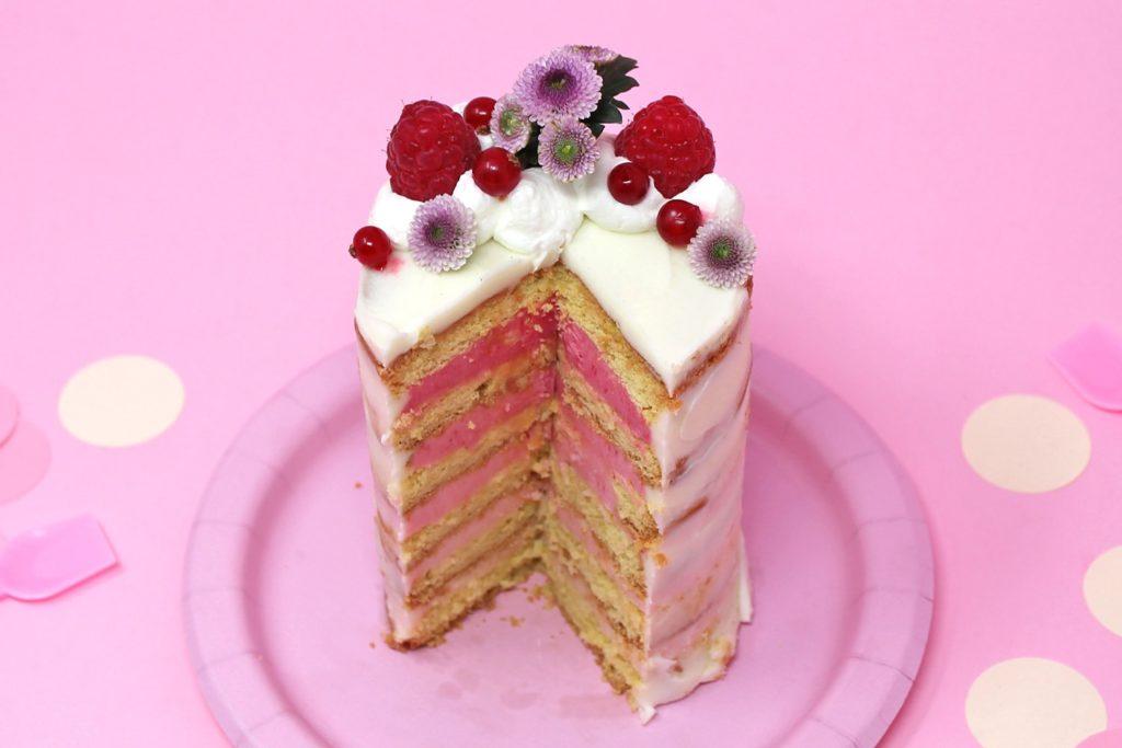 torta-baby-shower-femmina-super-colors-10-min