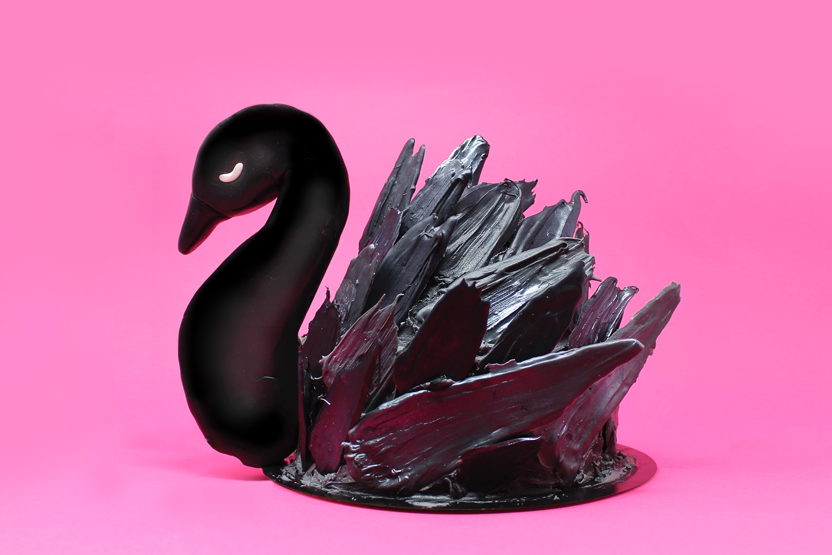 torta-cigno-nero-super-colors-paintbrush-cake-black-swan-4-min