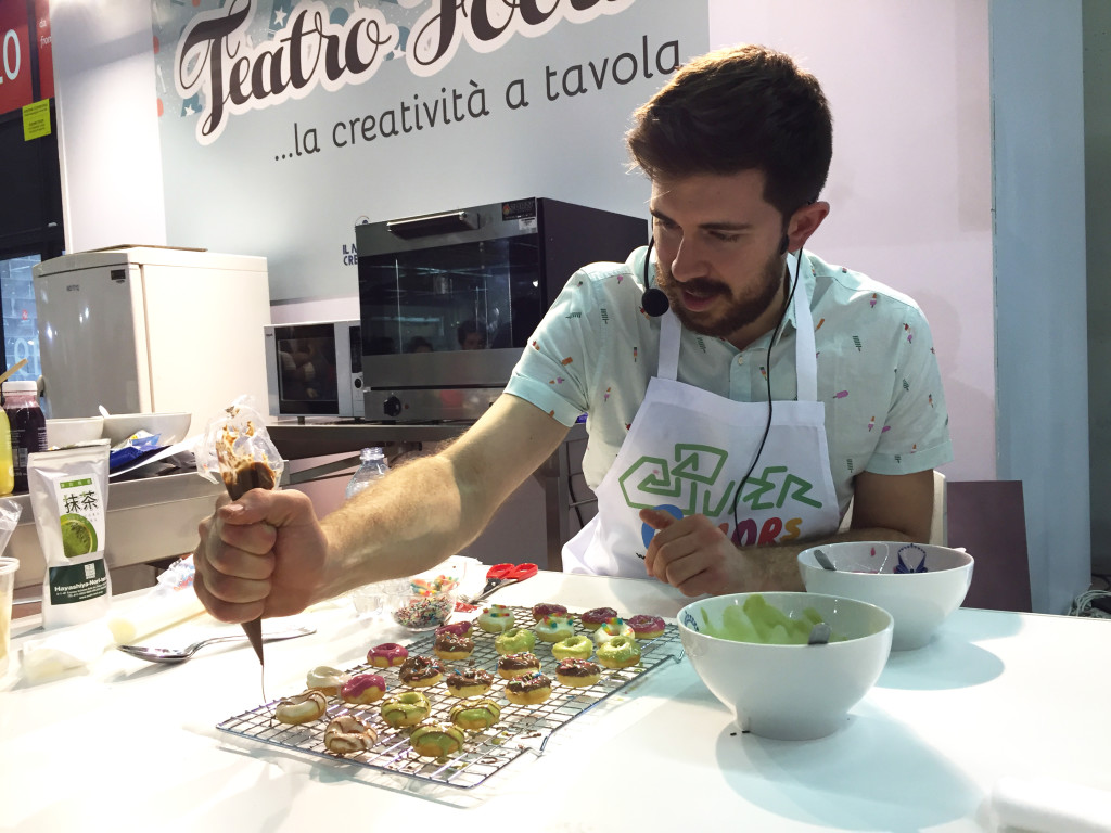 il-mondo-creativo-teatro-food-showcooking-super-colors-10