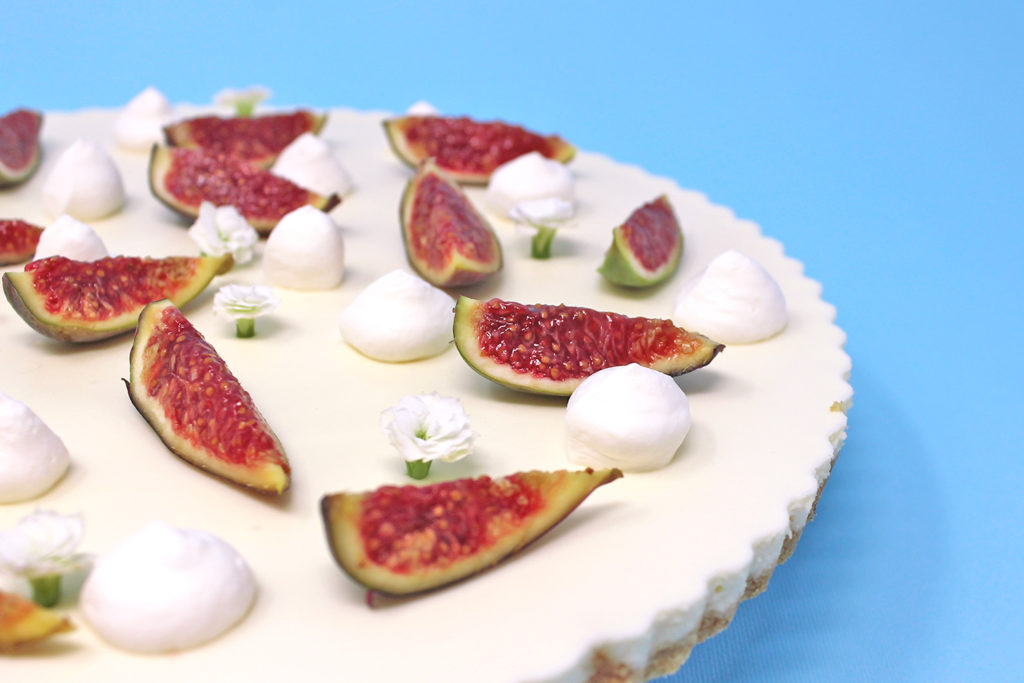 Tarte-mousse-cioccolato-bianco-fichi-super-colors-11