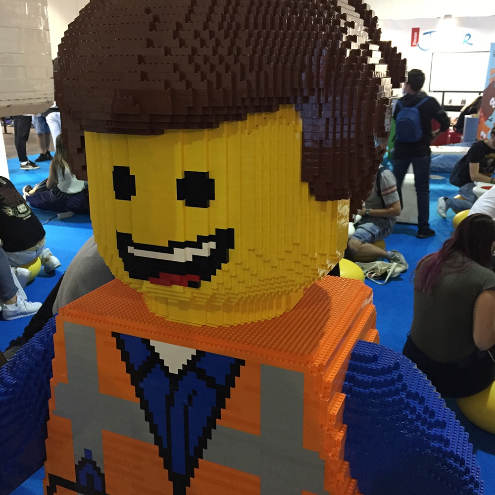 milan-games-week-2017-lego-super-colors-min
