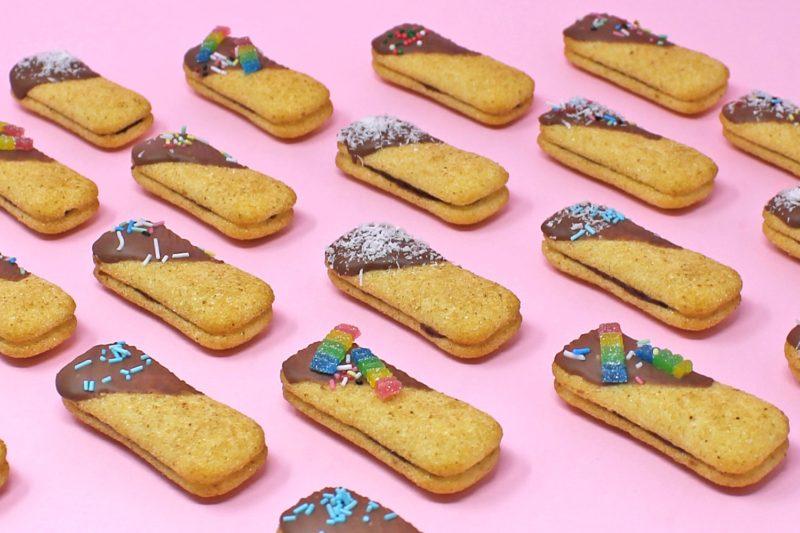 sandwich-pavesini-con-mascarpone-cioccolato-sandwich-super-colors-1-min